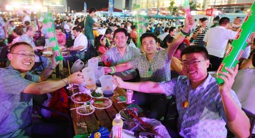 在23届青岛国际啤酒节来临之际